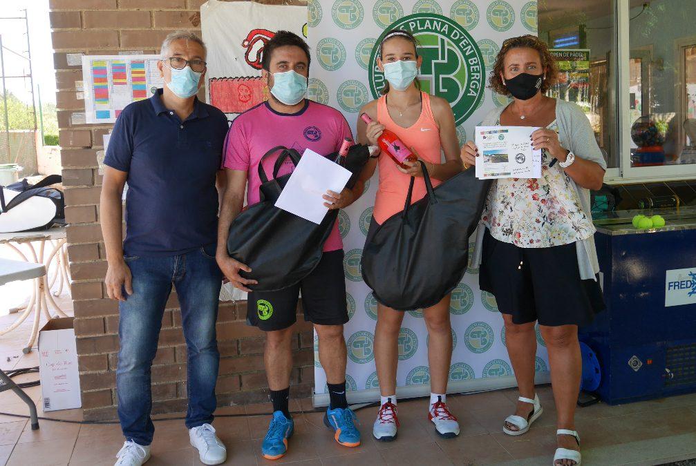 Ferrer-Roig i Francès-San Felipe, campions del 8è Open de Pàdel Ciutat de Valls Categoria Mixta
